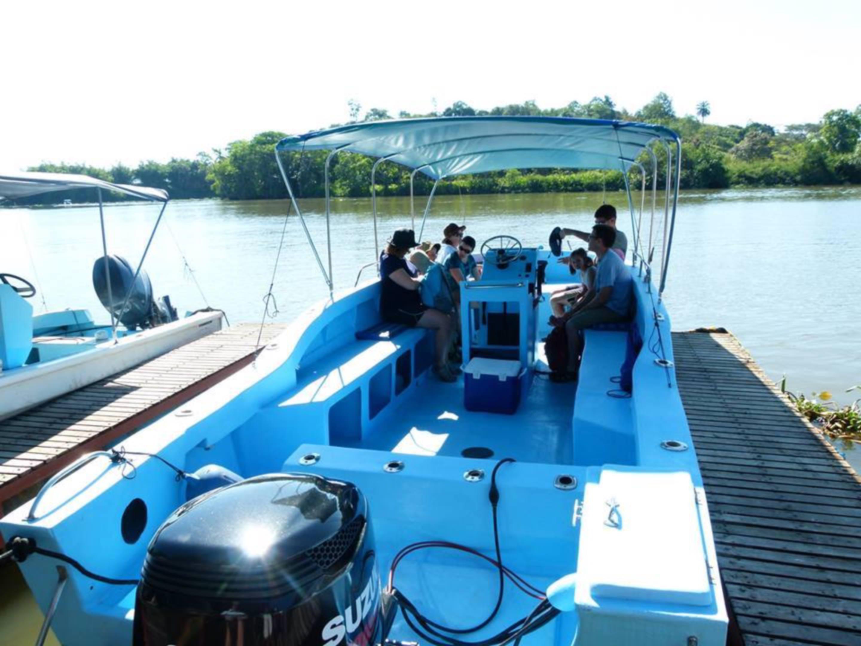 kokopelli-sierpe-tours-mangroves-ballena-tales-restaurant-nature-boat