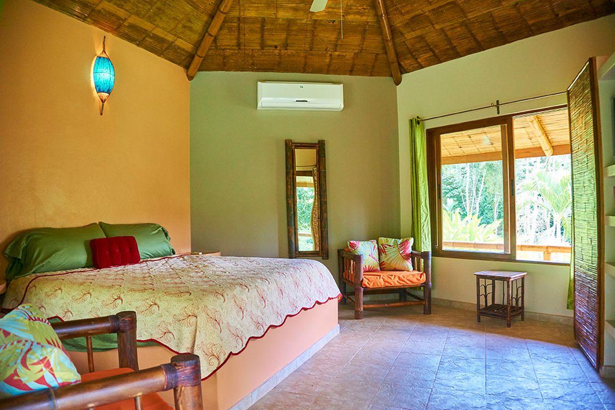 Manoas, Luxury Camping, Uvita Hotel, Costa Rica, villa colibrí (16)