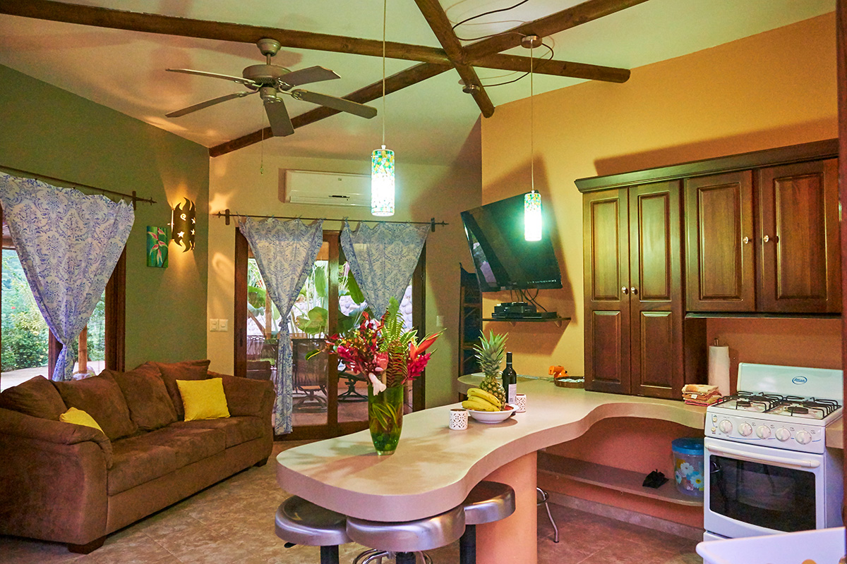 Manoas, Luxury Camping, Uvita Hotel, Costa Rica, casa heliconia (1)