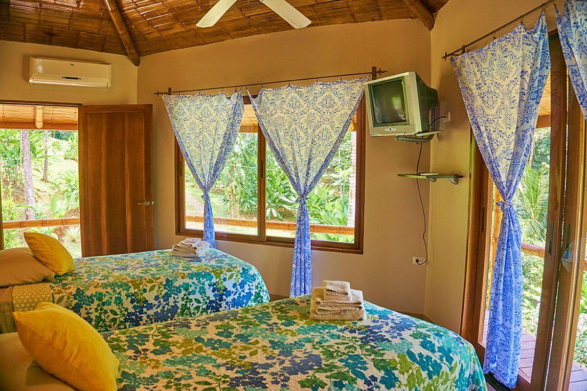 Manoas, Luxury Camping, Uvita Hotel, Costa Rica, casa heliconia (12)