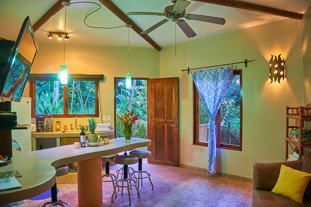 Manoas, Luxury Camping, Uvita Hotel, Costa Rica, casa heliconia (14)