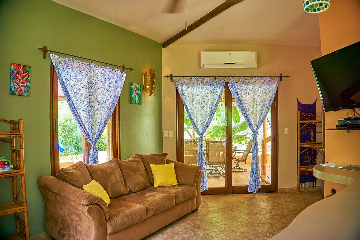 Manoas, Luxury Camping, Uvita Hotel, Costa Rica, casa heliconia (3)