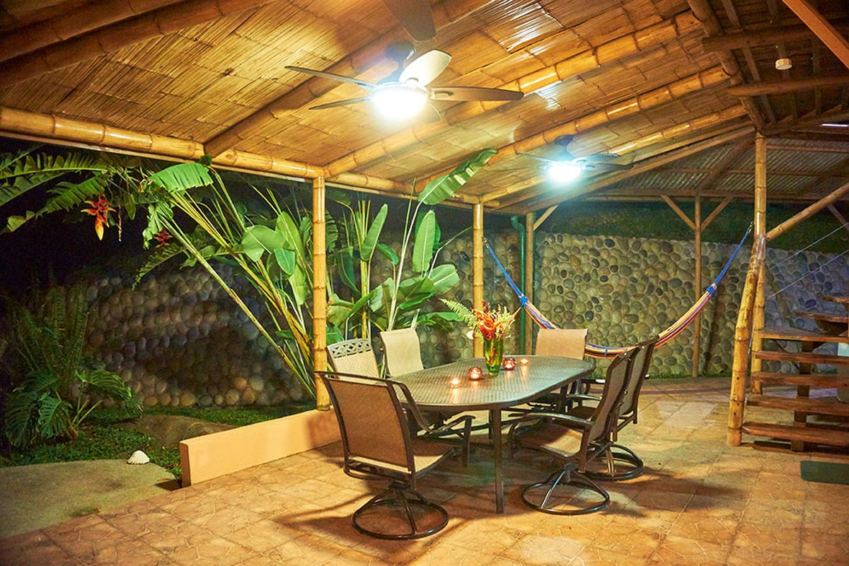 Manoas, Luxury Camping, Uvita Hotel, Costa Rica, casa heliconia (6)