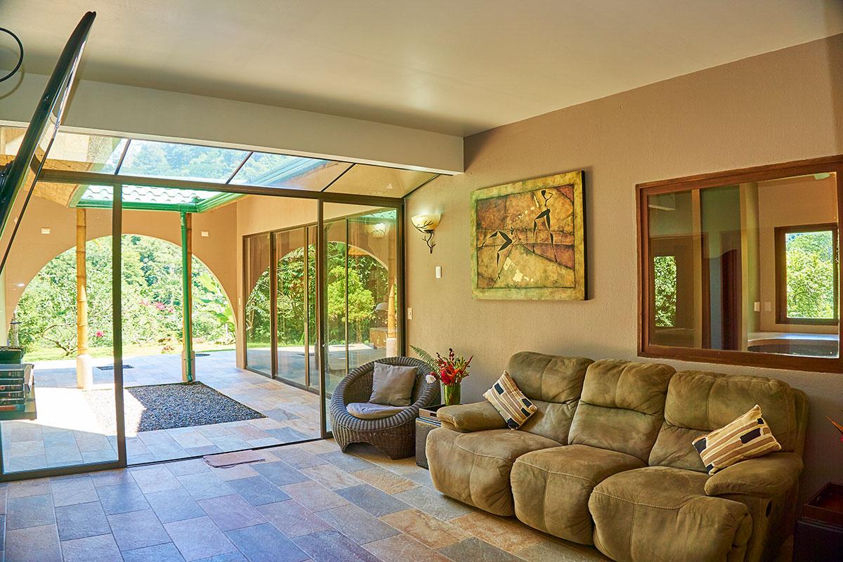 Manoas, Luxury Camping, Uvita Hotel, Costa Rica, casa rio (1)