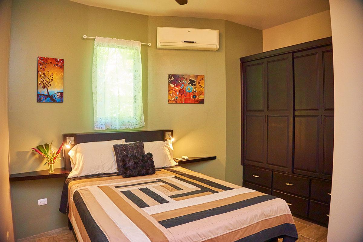 Manoas, Luxury Camping, Uvita Hotel, Costa Rica, casa rio (20)