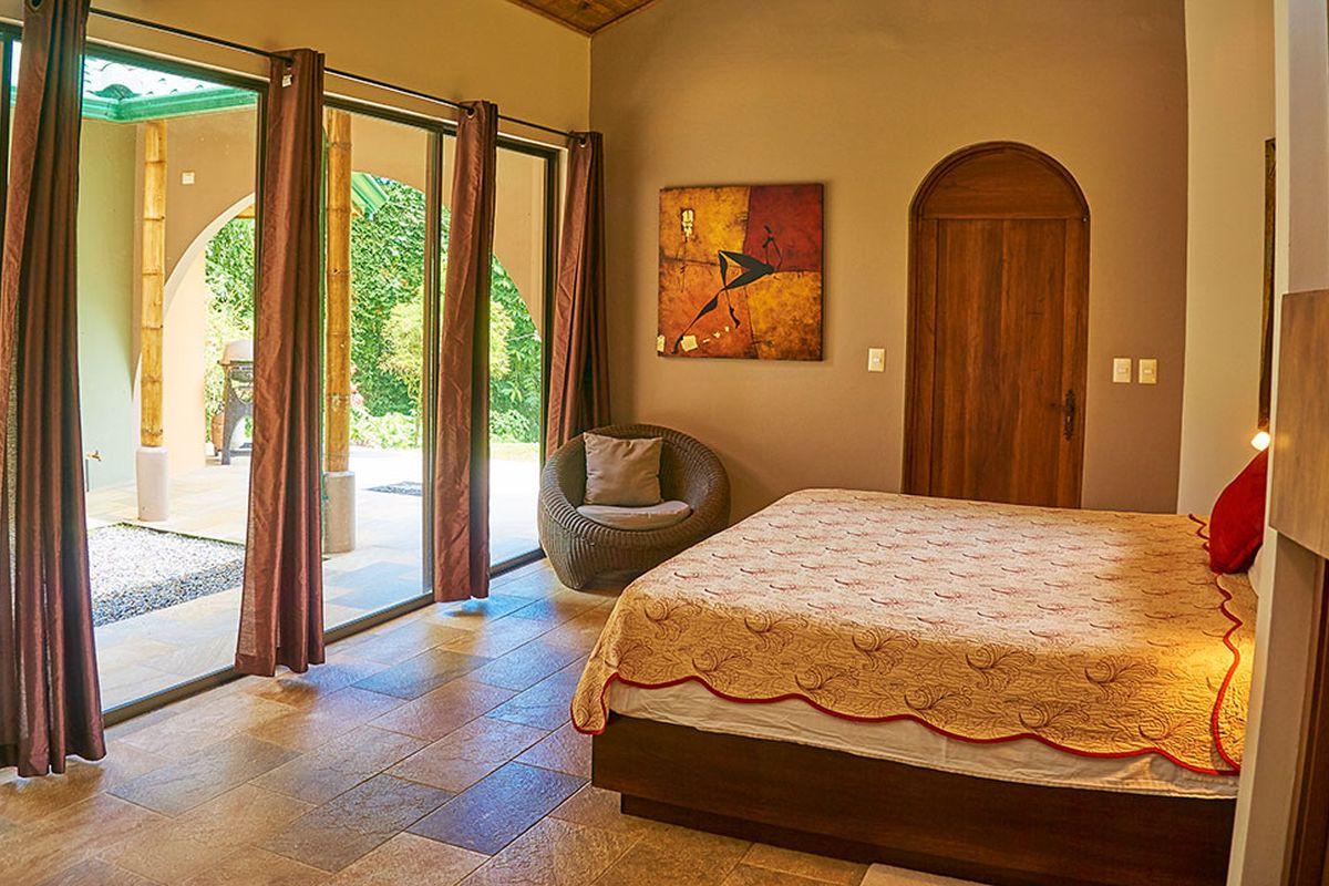 Manoas, Luxury Camping, Uvita Hotel, Costa Rica, casa rio (4)