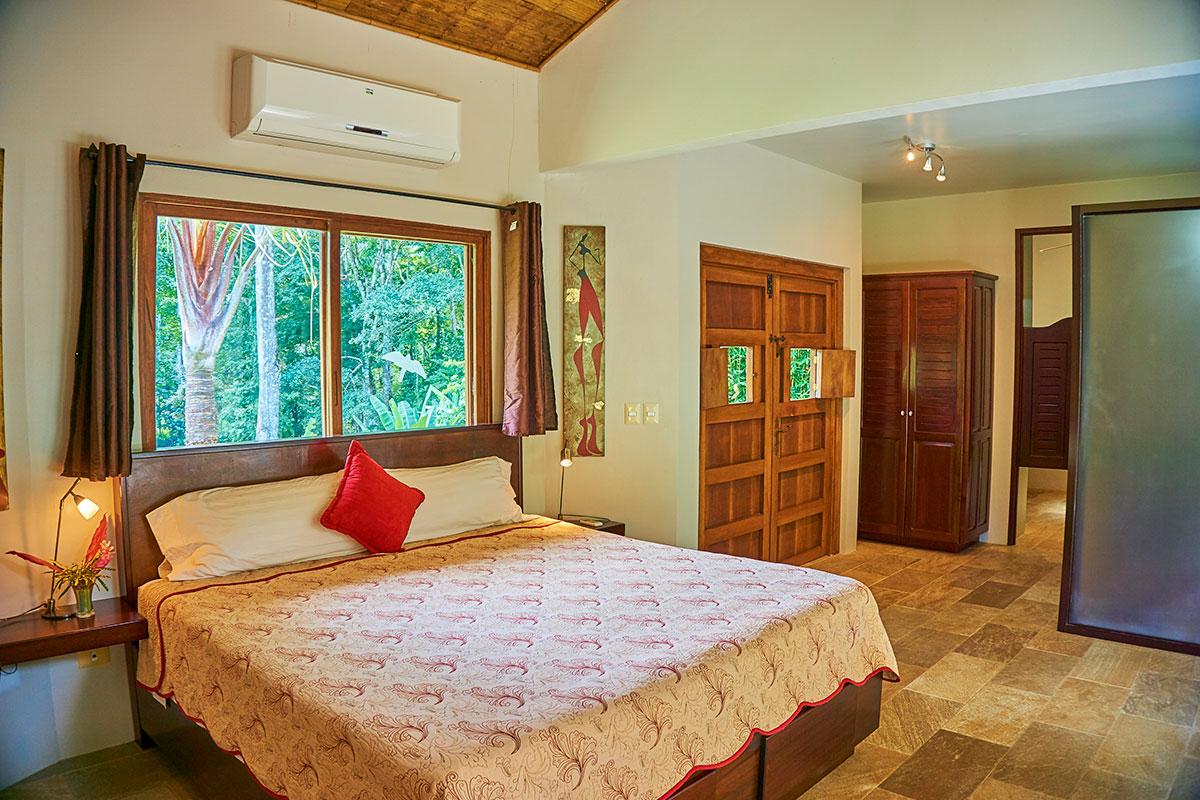 Manoas, Luxury Camping, Uvita Hotel, Costa Rica, casa rio (5)