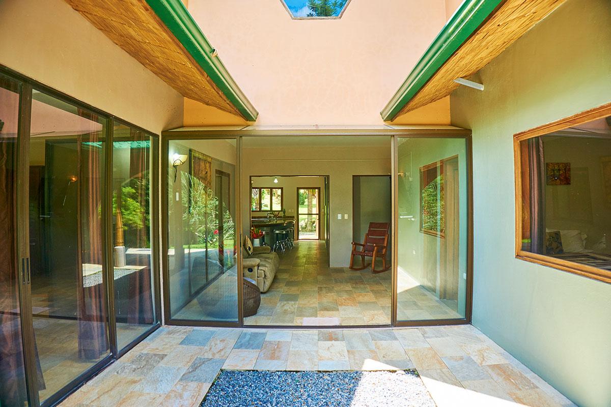 Manoas, Luxury Camping, Uvita Hotel, Costa Rica, casa rio (7)