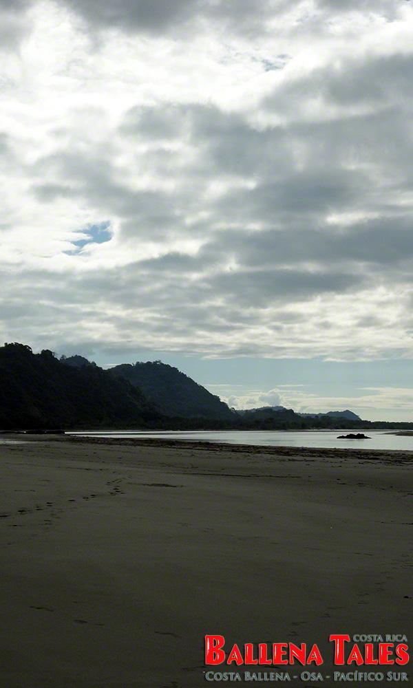 10-playa-tortuga-river-mouth-by-nikki-whelan-1