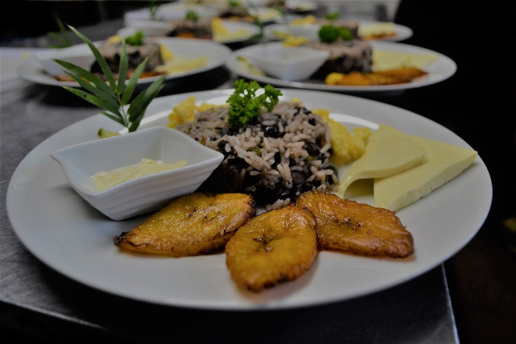 Catering Services & Private Chef (4)