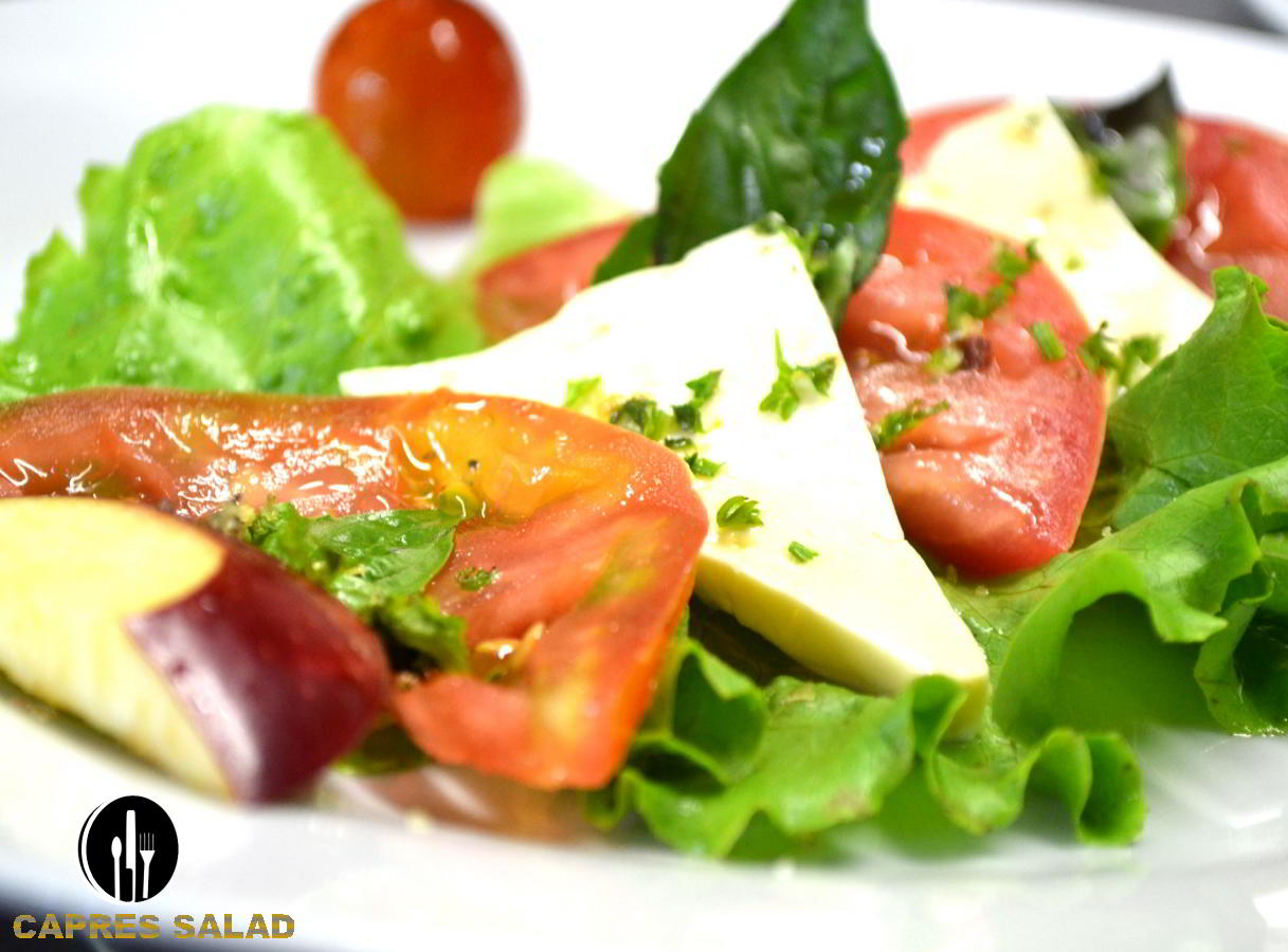 Capres-Salad-catering-service-private-chef-costaballenalovers-puravida-travel-tourism-events