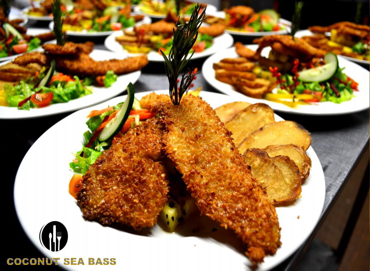 Coconut-Sea-Bass-catering-service-private-chef-costaballenalovers-puravida-travel-tourism-events