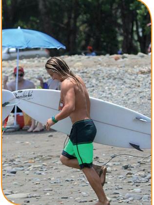 surf-dominical-ballenatales-surfer-gerace
