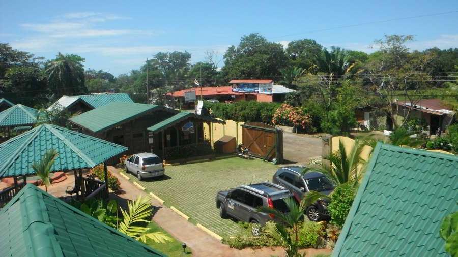 whales-beach-ventanas-windows-costaballenalovers-ballenatales-villas-bungalows-ballena-rooms-pool-facilities