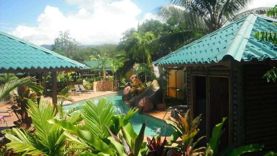 whales-beach-ventanas-windows-costaballenalovers-ballenatales-villas-bungalows-ballena-rooms-pool