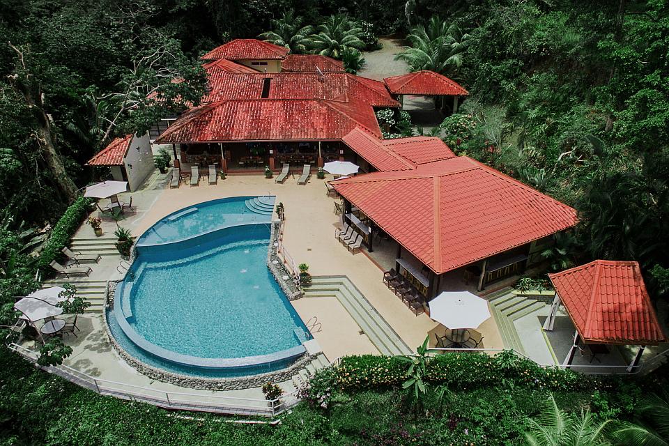 Vista Ballena Hotel . aerial view