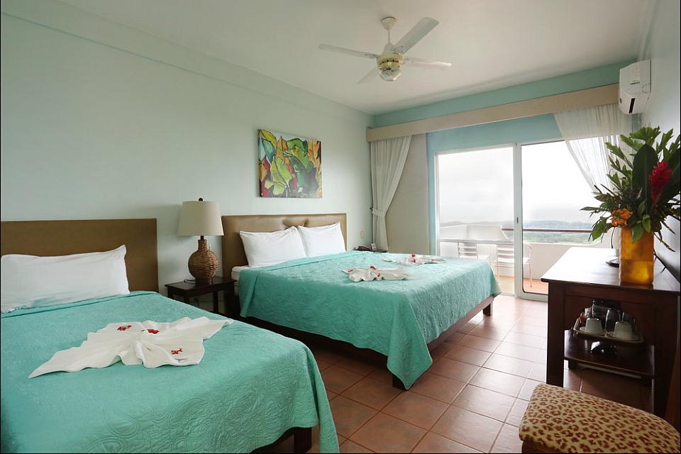 Vista Ballena Hotel . deluxe rooms, habitaciones