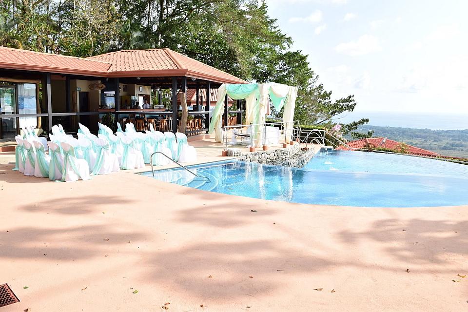 Vista Ballena Hotel . weddings