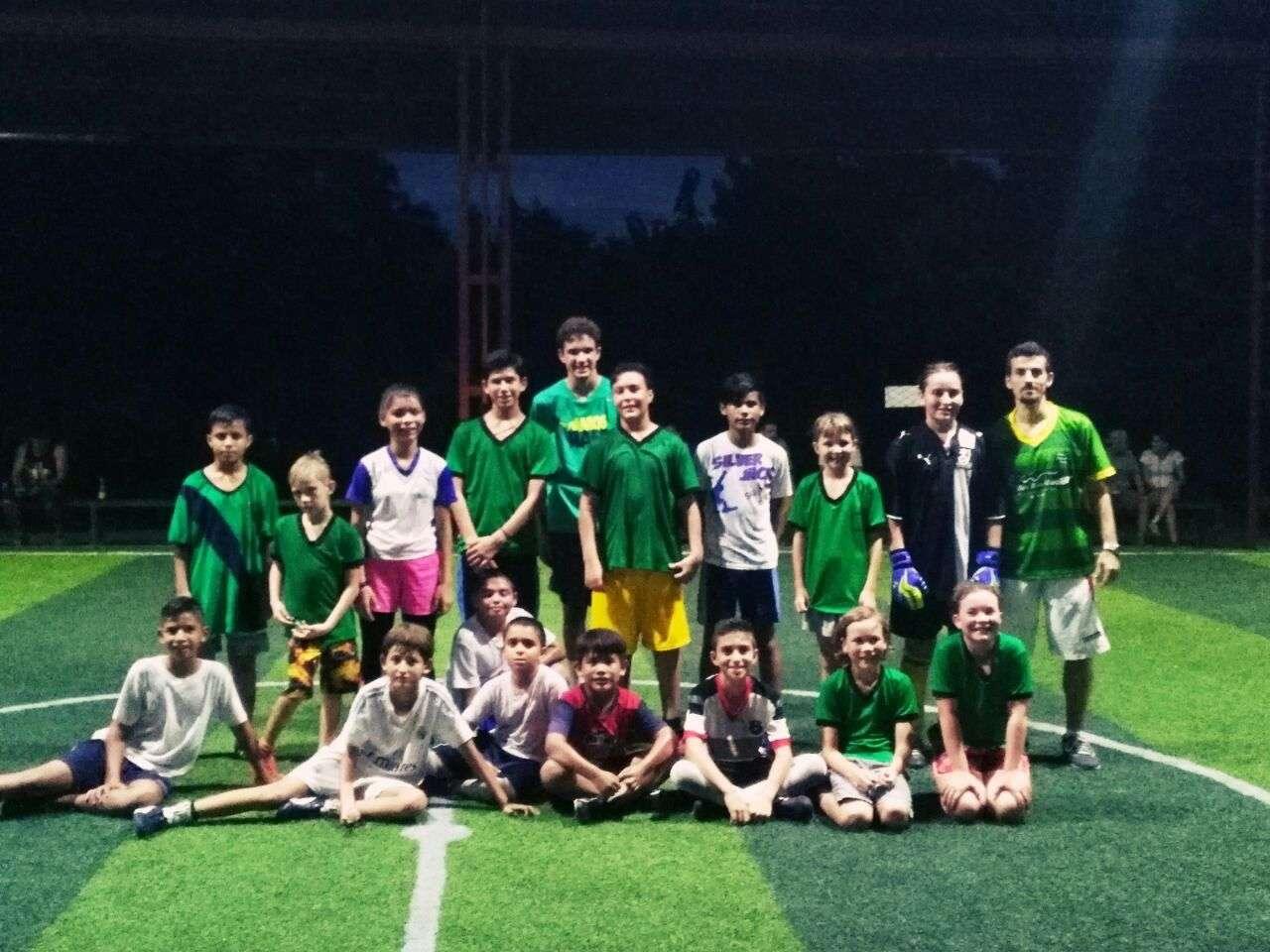 Roger Bonet de Barcelona, Futsal en Costa Ballena promete 2