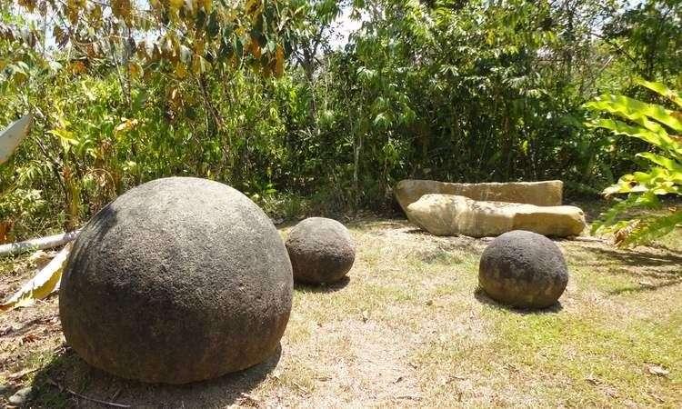 Las esferas (2011) 3